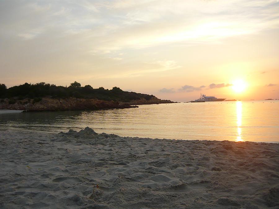Alba Spiaggia del Principe