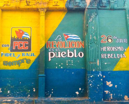 L'Avana: 250.000 abitanti, 250.000 colori